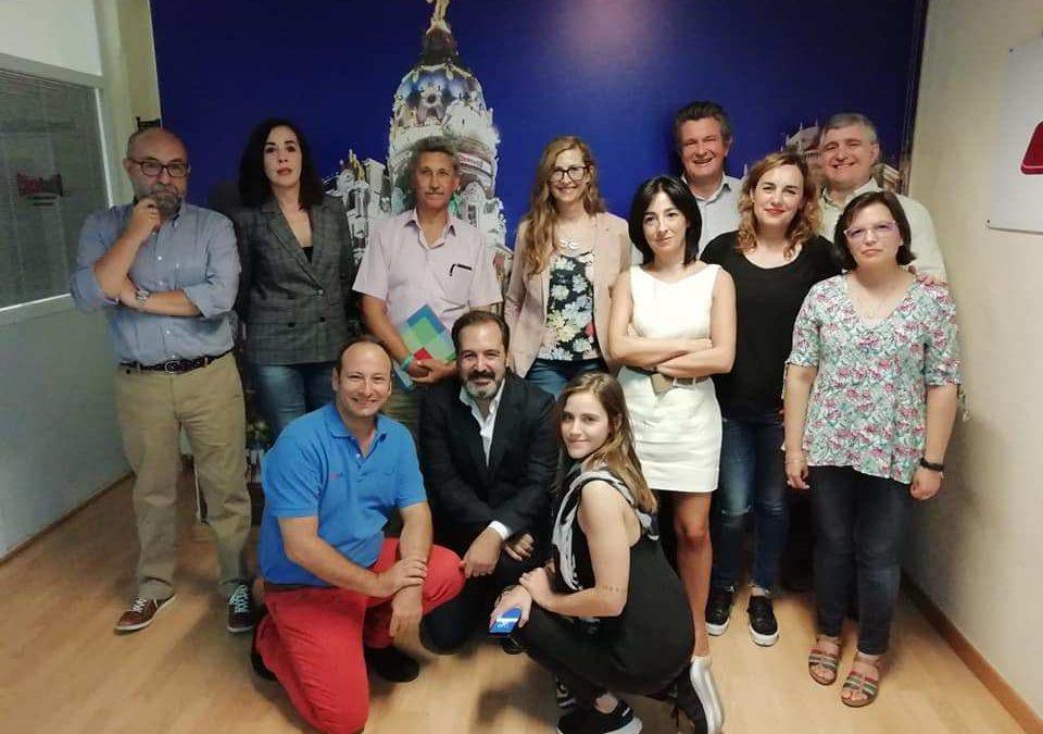 Humanos en la Oficina 3.0 en ClickRadioTv, presentado por Miguel Laguna